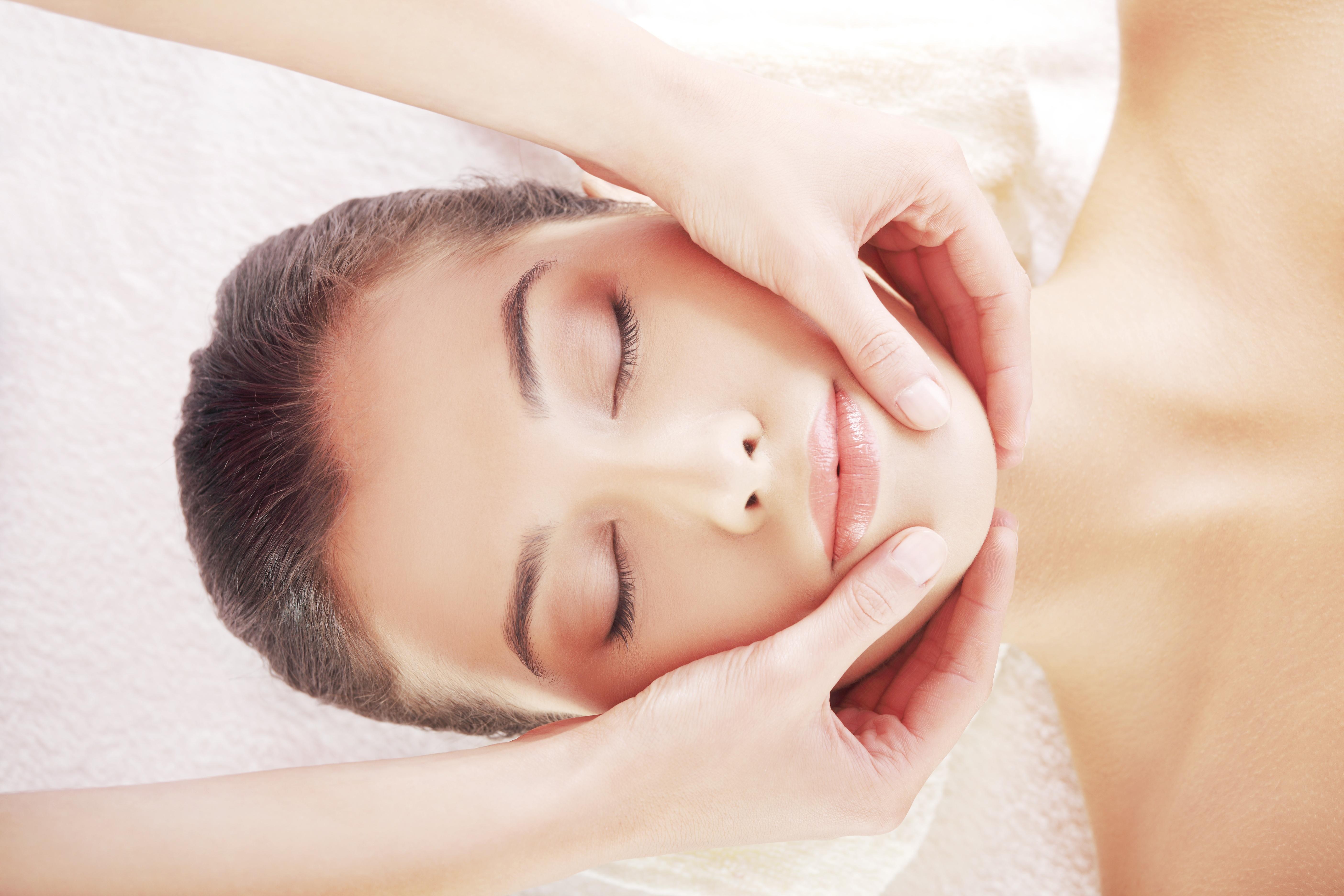 Facial massage shiatsu massage yoga ibiza facial massage solutioingenieria Images